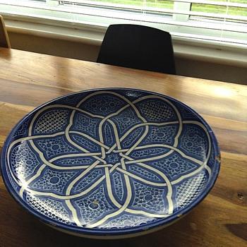 Beautiful Delft coloured large bowl - Art Pottery