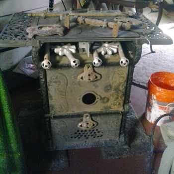 Antique gas stove