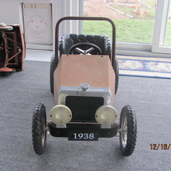 old pedal cars - Model Cars