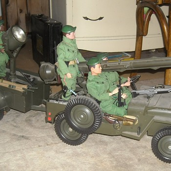 GI Joe Official Jeep Combat Set - Toys