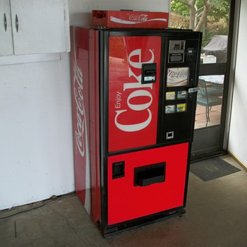 Coca Cola Vending Machine for Cans - Coca-Cola
