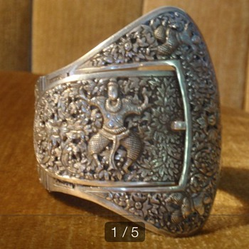 Silver french Indochina repousse cuff bracelet. - Fine Jewelry