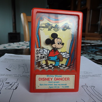 Micky Mouse Song and Dance. - Toys