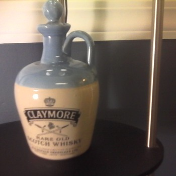 CLAYMORE RARE OLD SCOTCH WHISKY FLAGON