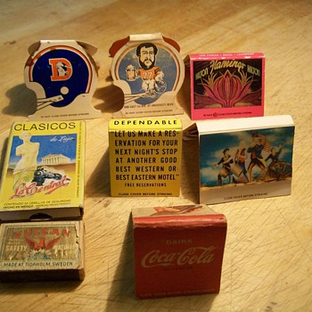 Various match books and boxes - Advertising