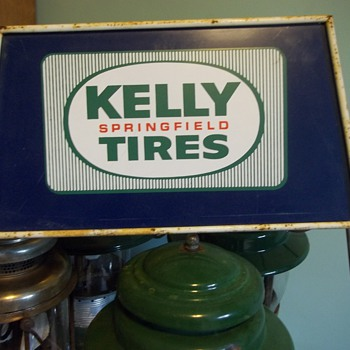 Kelly Springfield Tires Advertising Stand