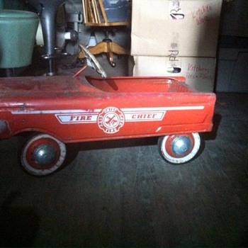 Fire truck pedal car - Model Cars