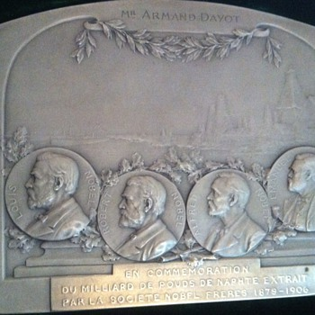 French silver medal commemorating one milliard pouds petroleum extracted by Nobel brothers society.