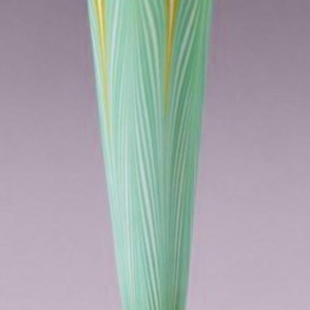 Tall Durand Pulled Feather Trumpet Vase c.1925.