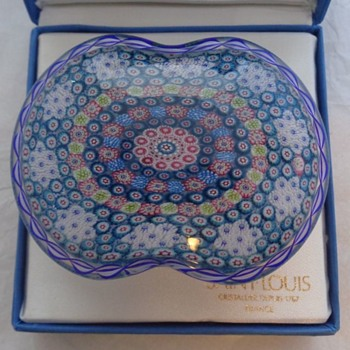 St. Louis 1981 Basket of Flowers Paperweight - Art Glass
