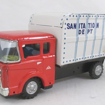 Garbage Truck Japan - Model Cars