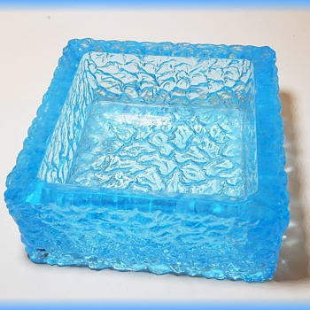 Whitefriars Bark Textured Ashtray  - KINGFISHER BLUE - Art Glass