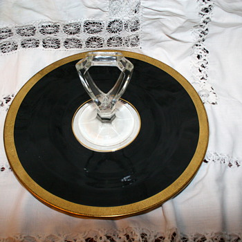 Vintage black round serving tray with gold trim - Glassware