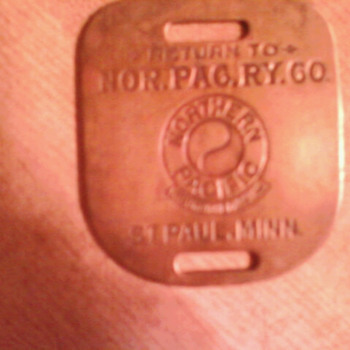 Northern pacific luggage tags a set of 2 and i by it self