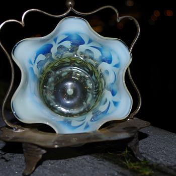 JOHN WALSH SWEETMEAT OPALESCENT GLASS BOWL & HOLDER