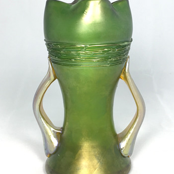 "Loetz ""Ausführung 44"" Vase with Handles. 6"" tall. Circa 1907 - Art Glass"