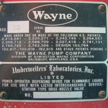 Old Wayne gas pump