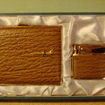 cigarette case and lighter - Tobacciana