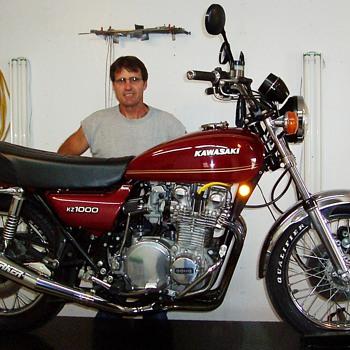 1977 Kawasaki KZ1000A  - Motorcycles