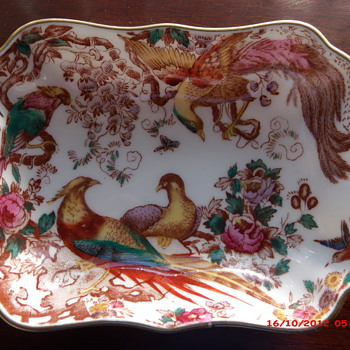 Royal Crown Derby English Bone China Pin Dish circa. 1973