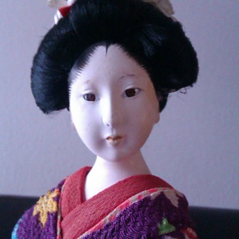 Pretty old geisha doll - Dolls