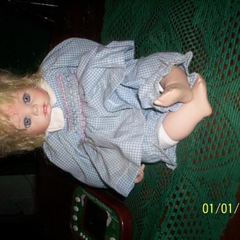 DOLLS  ALL  KINDS     - Dolls