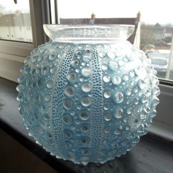 """R Lalique """"Oursin"""" vase - Art Deco"""