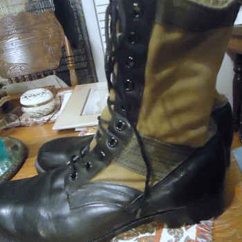 Vietnam Jungle Boots US Army circa 1960's!  From Goodwill $10.00 and my size! - Military and Wartime