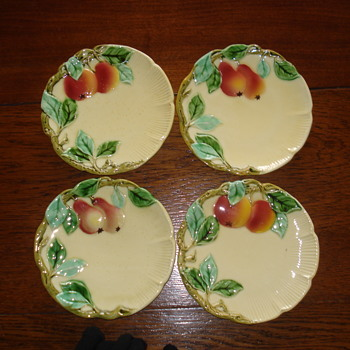 Apples and Pears Art Nouveau Majolica plates - Art Pottery