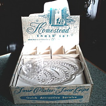 Federal Glass Co. / Homestead Snack Set/ Original Display Box/Circa 1950's - 60's - Glassware