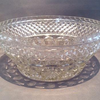 "Vintage bowl  7"" x 3 1/4"""