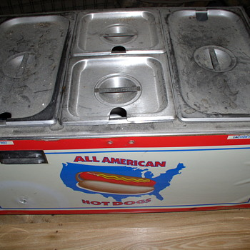 Small hot dog stand  All American hotdogs - Kitchen