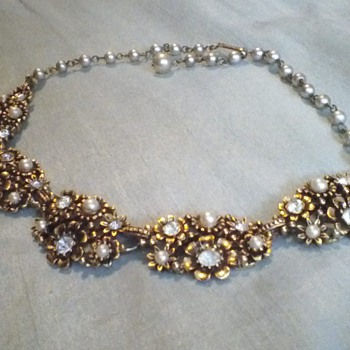 lisner - Costume Jewelry