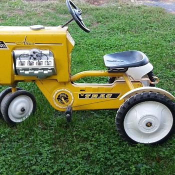 Atkins pedal tractor Saved this Jewel from the trash man today. Looks well kept sure my little girl rides it soon - Toys