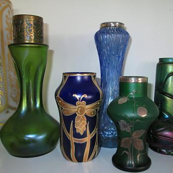 A Pretty Grouping...:-) - Art Glass