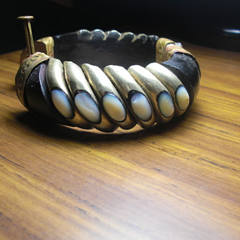 black horn bangle - Costume Jewelry