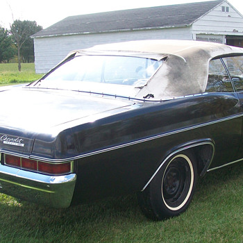 1966 Impala SS convertible - Classic Cars