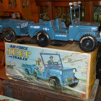 Empire Air Force Jeep For GI Joe and Big Jim 1973
