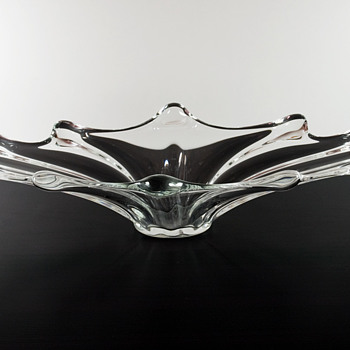 #30 Large Bulb Oval Bowl by Vannes Le Châtel - Art Glass