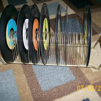 45 record rack holder 1950's