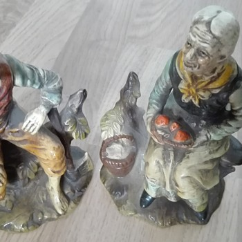 Vintage ceramic figurines,old couple