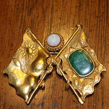Sun Yat-sen-Kuomintang (KMT) Pre-Revolution Chinese 24K  Gold Flag Pin/Brooch (with opal and jade) - Asian