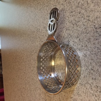 Unknown silver plated holder with handle