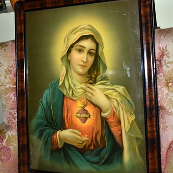 This one is my favorite!  Corazon Sagrado de la Virgen Maria