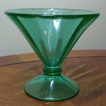 Large Uranium Glass Sherbet Bowl