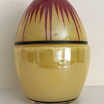 Muys painted egg box - Art Glass
