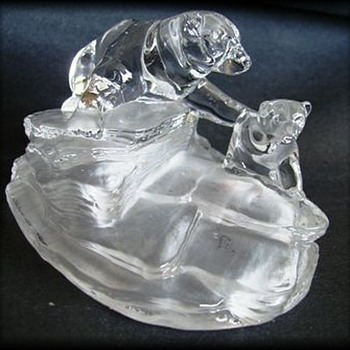 Cristal D'Arques Figure - Polar Bear and Cub