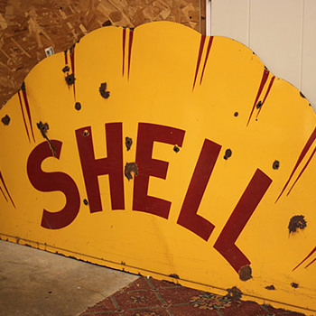Top Half of Shell clamshell sign, Sinclair H-C - Petroliana