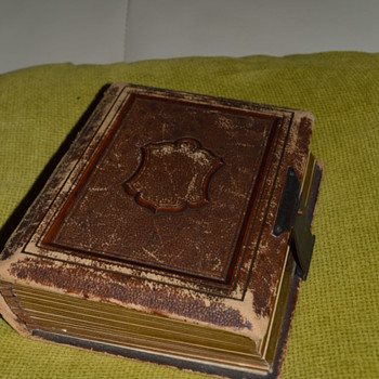 Victorian photo album - full of pictures