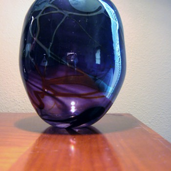 JULIA DONNELLY- BRITISH ART GLASS  DATES1987 - Art Glass